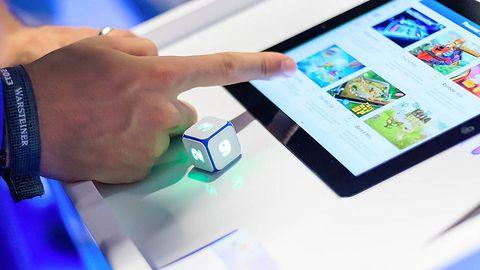 Rodzynki Pierwszych Targów Mobilnych: cyberkostka, medyczny silikon i ochrona konsumenta za wszelką cenę