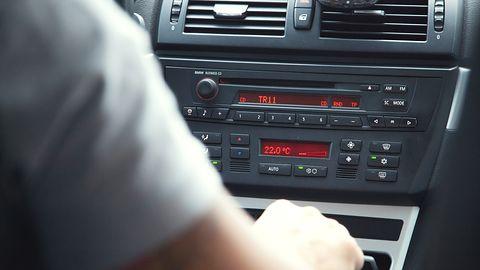 Prezes TVP ma pomysł na niepłacących abonamentu RTV kierowców