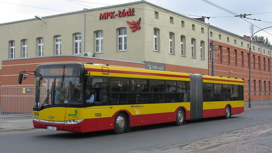 Od dzisiaj w Łodzi za bilet w biletomacie zapłacisz też Blikiem