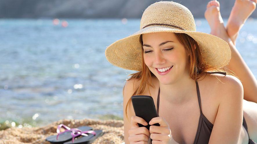 Messenger, WhatsApp czy Skype? Żaden, najlepszy jest SMS