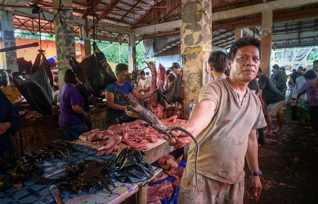 Targ na Celebes - tutaj przysmak to mięso węża, nietoperza i szczura