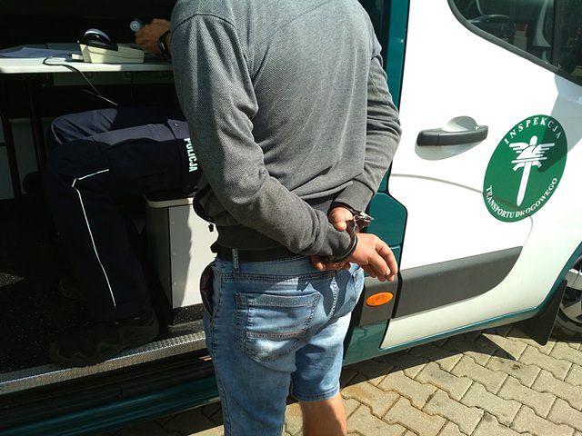 ITD zatrzymało kierowcę, który podczas jazdy pił piwo