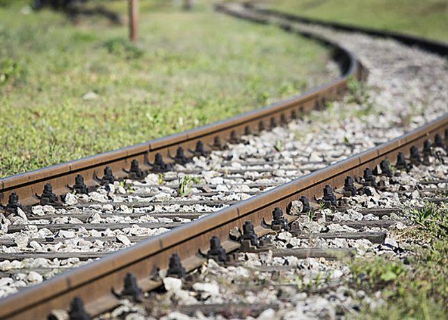 Pociągi znalazły się na jednym torze linii kolejowej nr 202 ze Stargardu do Gdańska.