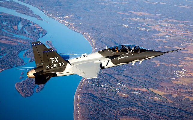 Boeing T-X/BTX podczas lotu próbnego