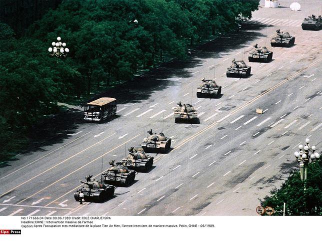 Zmarł Charlie Cole, autor słynnego zdjęcia z placu Tiananmen