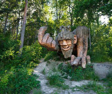 """Na początku odwiedzających wita ogromny troll Garp, """"gospodarz"""" tego miejsca"""