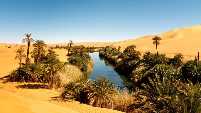 Jezioro na pustyni - Mandarai, Libia