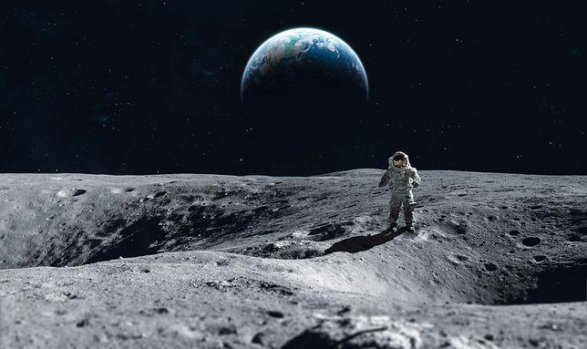 Apollo 11 - unikalny widok z okna lądownika Eagle.