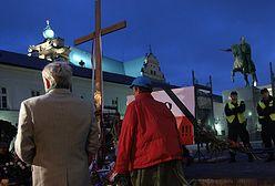 Nocne przy krzyżu czuwanie