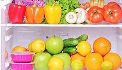Jak trakcie upałów zachować świeżość owoców i warzyw?