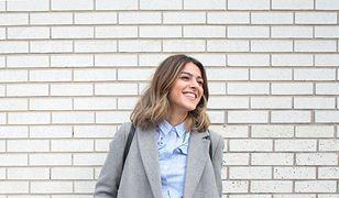 Klasyczne płaszcze na guziki to hit - do eleganckich i casualowych stylizacji