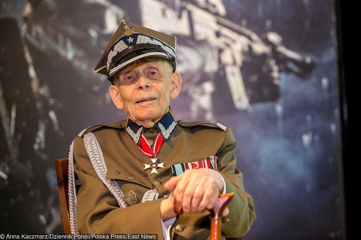 Generał Tadeusz Bieńkowicz potrzebuje pomocy. Trwa zbiórka krwi