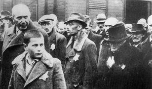 Polacy zostali również zapytani o kontrowersyjny film amerykańskiej fundacji