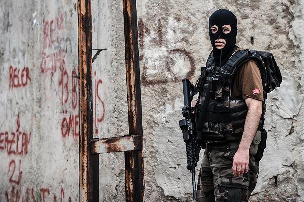 Turcja: policyjna obława na członków Państwa Islamskiego w Stambule