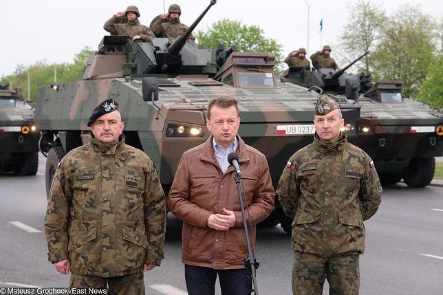 Szef MON Mariusz Błaszczak obserwował dzisiaj próbę generalną przed defiladą 3 maja