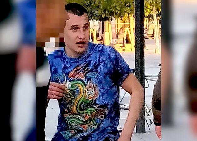 Wrocław. Zaatakował Hindusów. Policja prosi o pomoc w znalezieniu mężczyzny