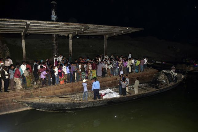Katastrofa promu w Bangladeszu. Co najmniej 65 osób utonęło