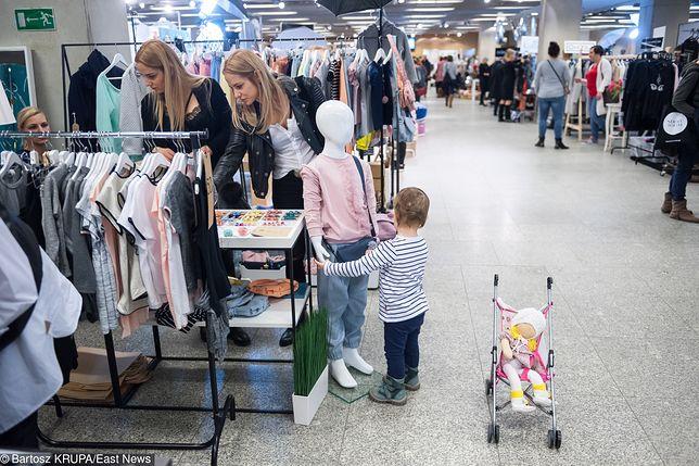 Inspekcja Handlowa sprawdziła ubrania dla dzieci. Problemem są niebezpieczne sznurki