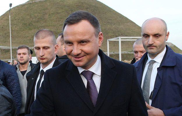 Mężczyzna zatrzymany podczas wizyty Andrzeja Dudy. Miał przy sobie nóż myśliwski i strzykawkę