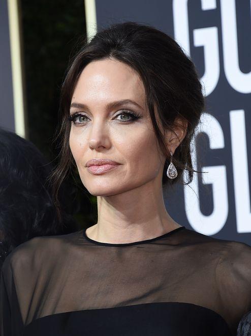Angelina Jolie nie akceptuje nowej sympatii Brada Pitta. Ma swoje powody
