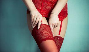 Efektowna bielizna może być ozdobiona koronką, haftem lub paskami