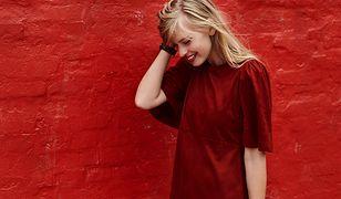 Czerwona sukienka to klasyka kobiecej szafy