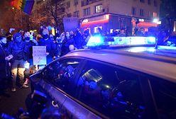 """Strajk Kobiet. Policja u 14-latka. Relacja matki: """"Boję się"""". Odpowiedź policji"""
