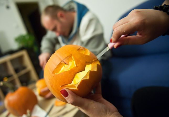 Dynia na Halloween 2019. Jak ją wydrążyć, zrobić, przygotować? Najlepsze wzory