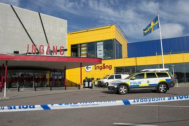 Władze Szwecji: nożownikowi z IKEI groziła deportacja