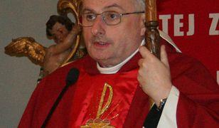 Kim jest biskup Jacek Jezierski. To on zastąpił Sławoja Leszka Głódzia