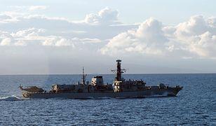 """HMS Westminster podczas manewrów """"Saxon Warrior 2017"""" u północnych wybrzeży Szkocji."""