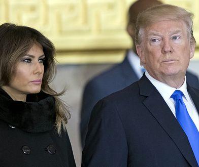 Melania nie wydaje się być szczęśliwa u boku Donalda.