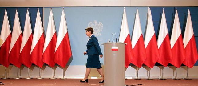 """""""Przerażają mnie głosy krytykujące fundamenty Unii Europejskiej i usuwanie ich symboli"""""""