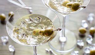 Drinki z martini. Jakie są najpopularniejsze wersje znanego koktajlu?
