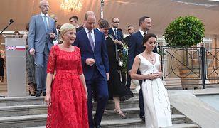 Agata Duda na balu z Kate i Williamem. Postawiła na czerwień