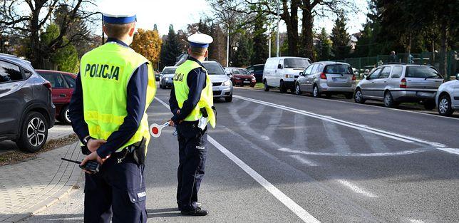 Drogówka mimo protestu policyjnych związkowców zapowiada wzmożone kontrole prędkości i trzeźwości