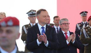 Andrzej Duda przejął zwierzchnictwo nad siłami zbrojnymi na drugą kadencję. Zwrócił się do polityków