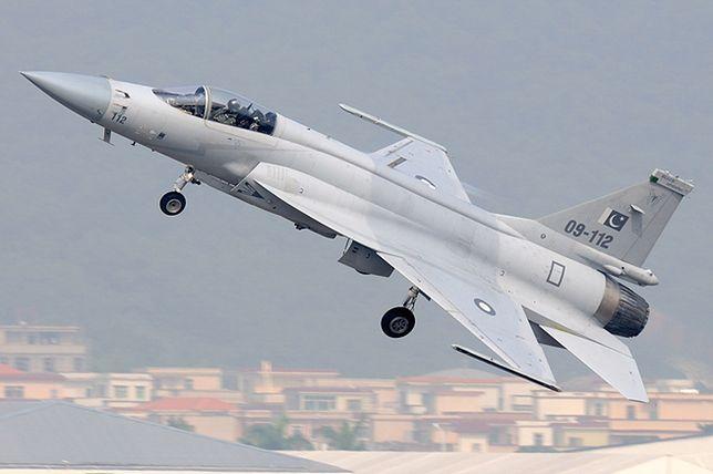 Pakistański myśliwiec Chengdu FC-1 (konstrukcja chińska)
