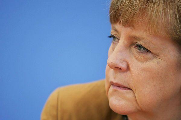 Angela Merkel poparła interwencję wojskową USA w Iraku