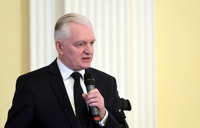 Jarosław Gowin krytycznie ocenia reformę sądownictwa.