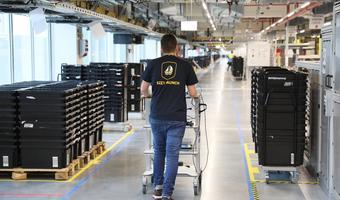 Praca w Amazon: jakie zarobki, jakie warunki, na czym polega?