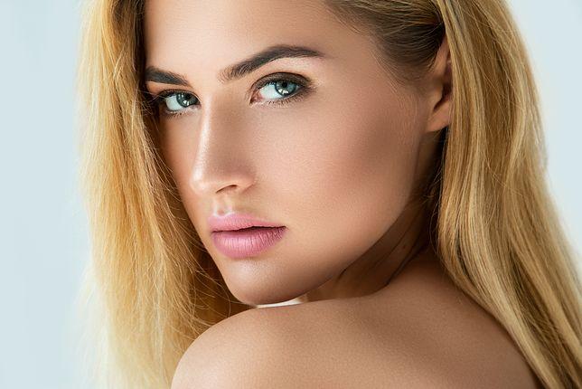 Makijaż permanentny może wyglądać naturalnie.