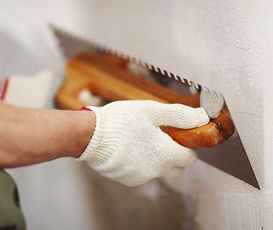 Tynki gipsowe na ścianach i sufitach posiadają dobre parametry termoizolacyjne