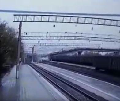 W sieci pojawiło się nagranie z momentu zawalenia mostu