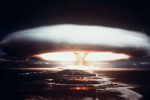 """""""The Economist"""": zagrożenie konfliktem nuklearnym jest największe od 25 lat"""