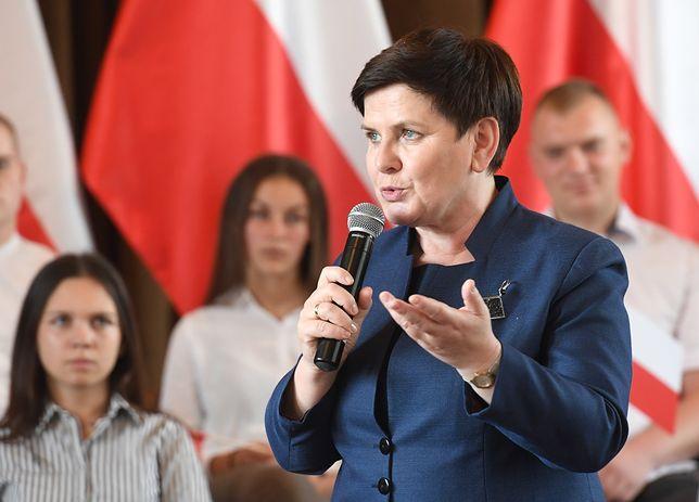 Karczewskiemu żal, Szydło apeluje. Politycy PiS o proteście w Sejmie