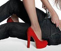 Stylowe szpilki i sandały w stylu peep toe
