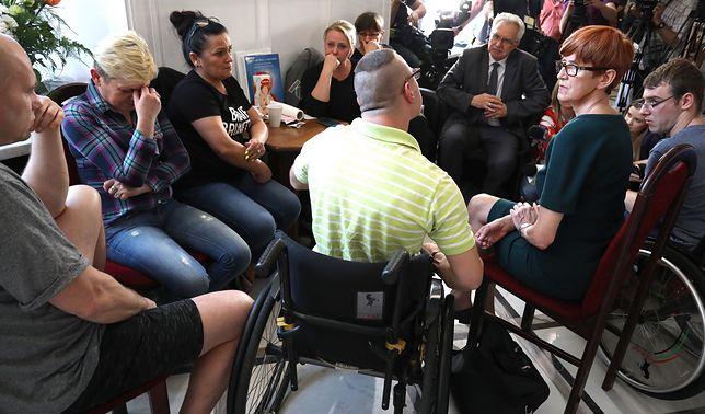 W Sejmie trwa czwarty tydzień protestu niepełnosprawnych i ich rodziców.