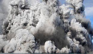 To największa podwodna erupcja. Doprowadziła do powstania wulkanu