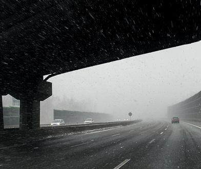 Na drogach panują coraz trudniejsze warunki pogodowe